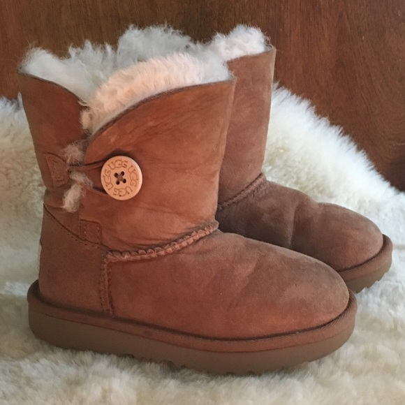 1adc9753627 UGG Kids Bailey Button II Winter Boot